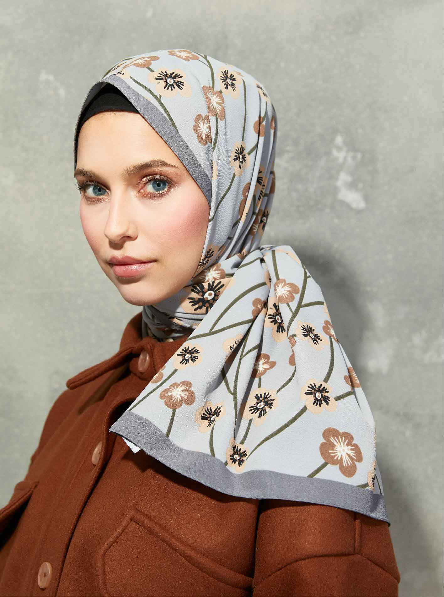 Flora Series Cherry Blossom Patterned Shawl Grey