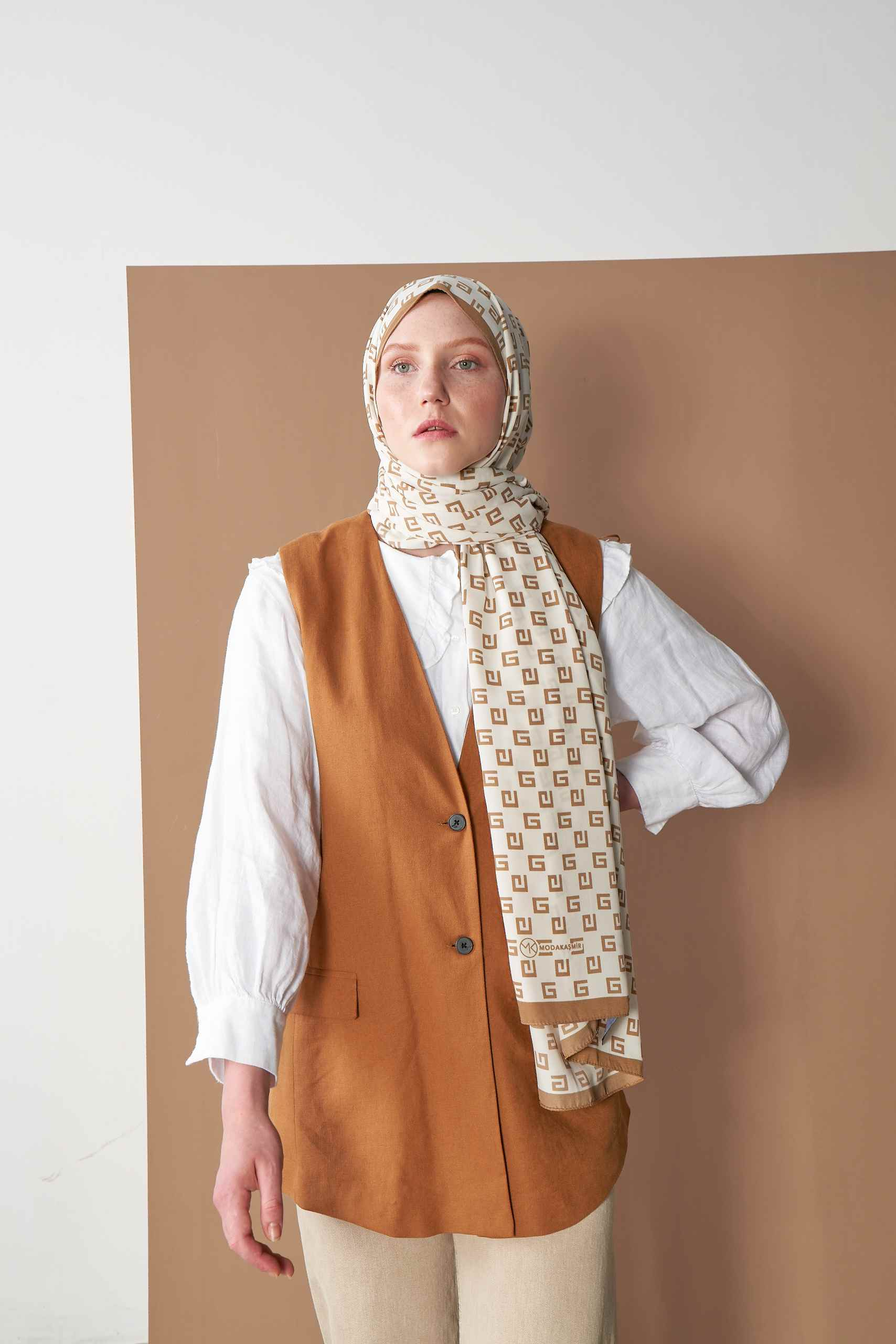 Pearl Series Mink G Patterned Shawl