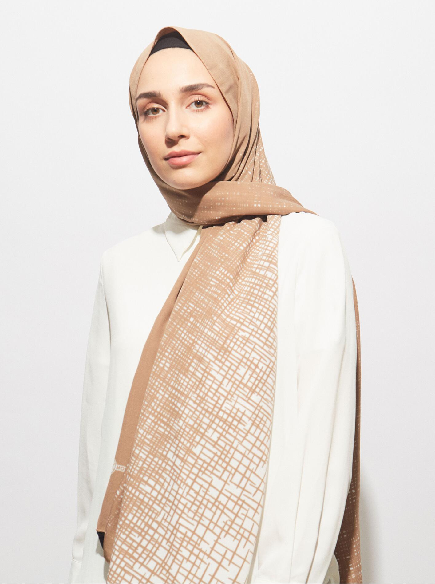 Pearl Series Mink High Line Patterned Shawl