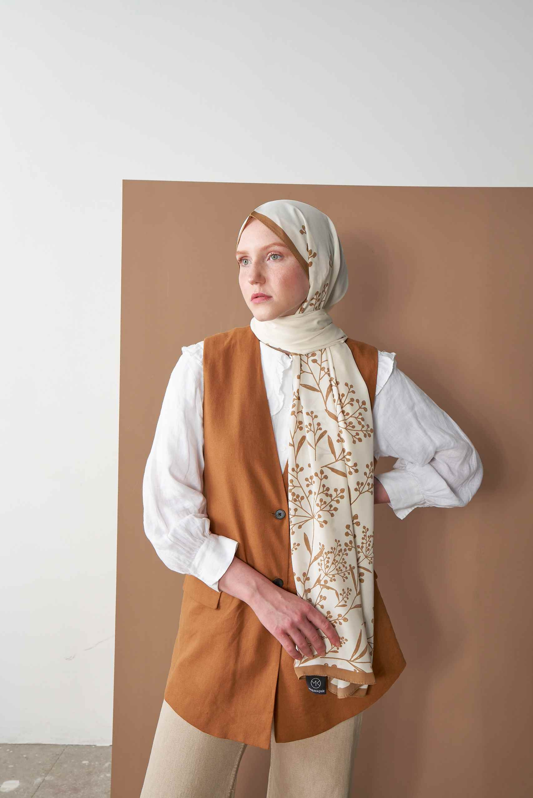 Pearl Series Mink Papaver Patterned Shawl
