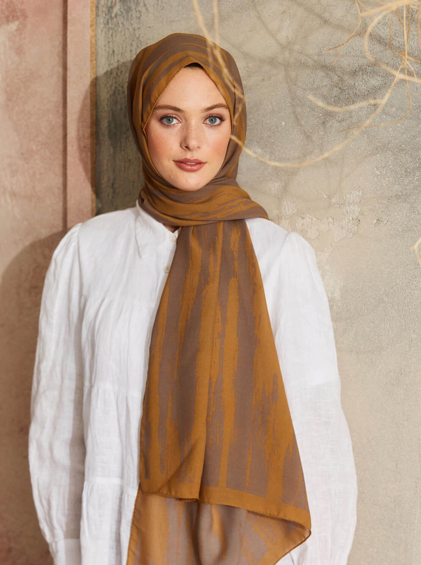 Touch Medina Silk Ikat Patterned Brown